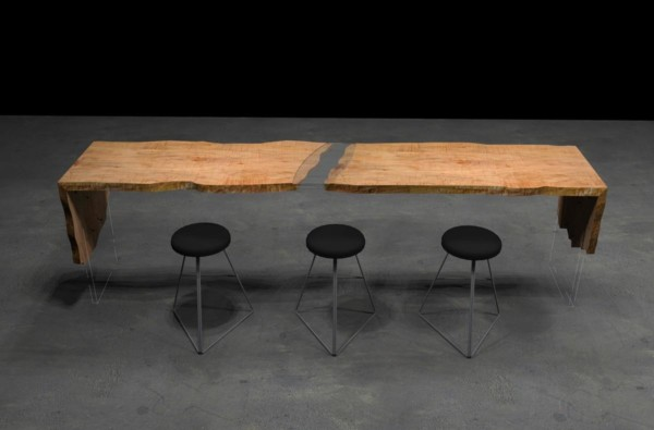 Phantom communal restaurant table
